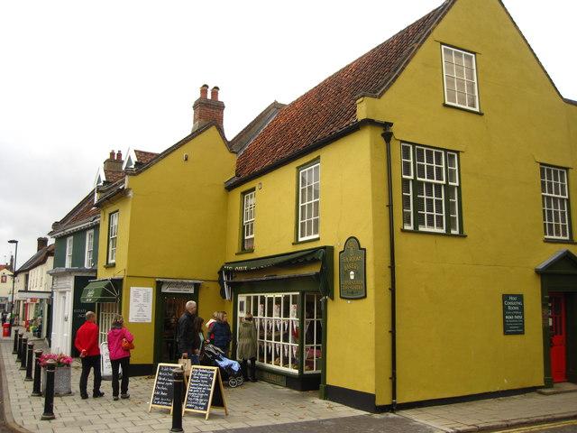 The Owl bakery and Tea Room