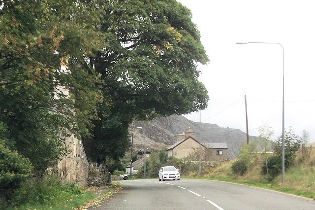 A496 entering Tan-y-grisiau