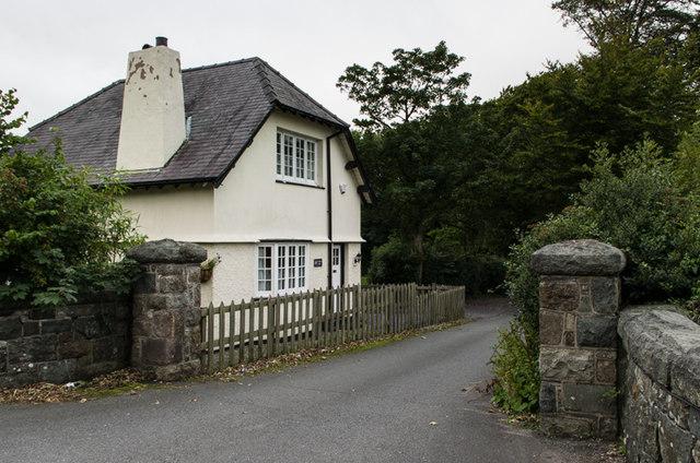 Plas Dinas Lodge