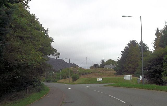Entrance to Rehau from A496