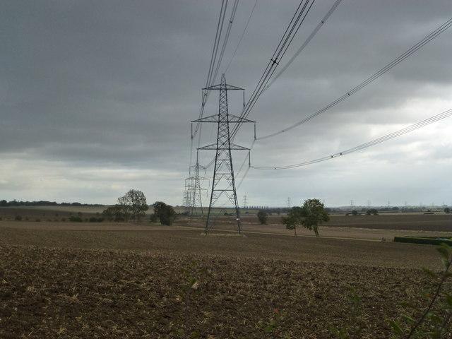 Pylons near Steeple Gidding