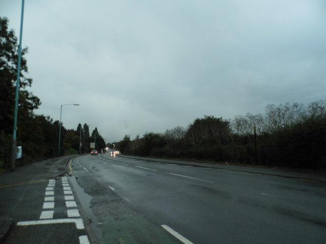 Southall Lane, Southall