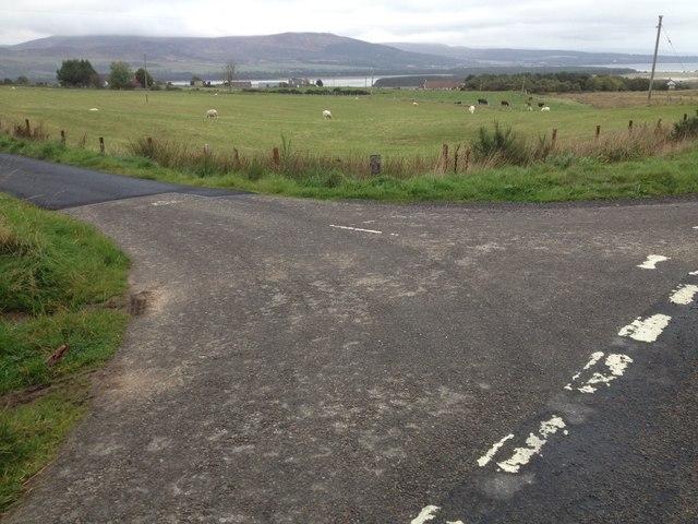 Road junction near Skelbo Muir