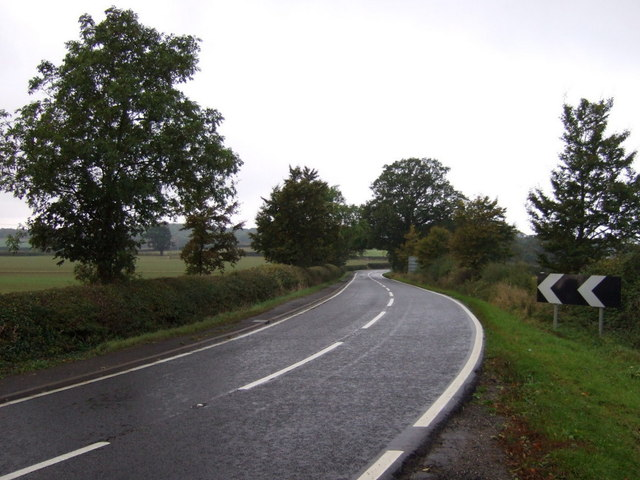Bends in Main Street (A151)