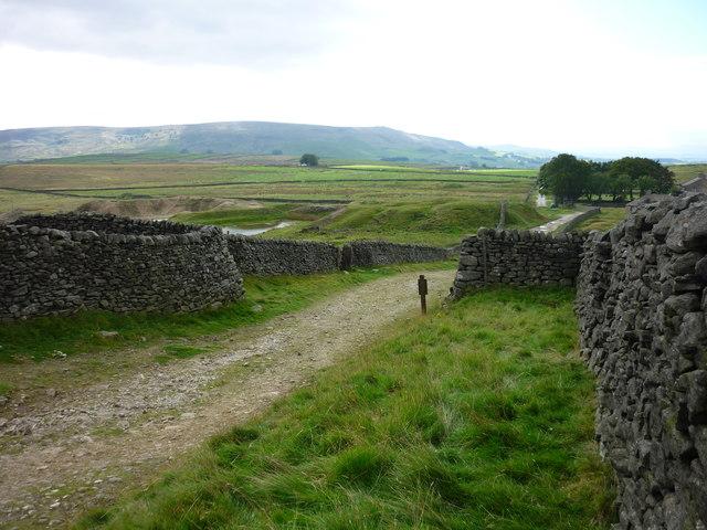 Moor Lane at Yarnbury