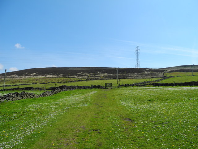View east to Hollingworthall Moor