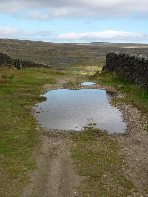 From Yarnbury to Grassington Moor