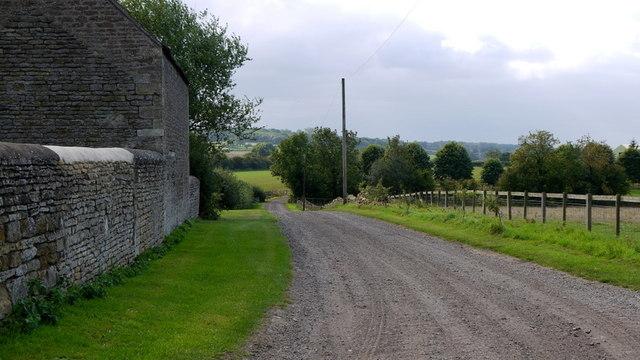 Short stretch of bridleway