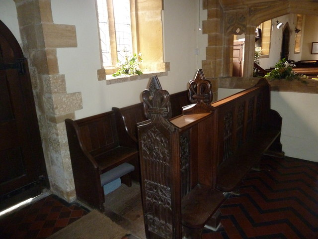 Inside St Nicholas, Nether Compton (h)