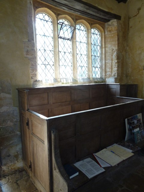 Oborne: Old St Cuthbert's (pews)