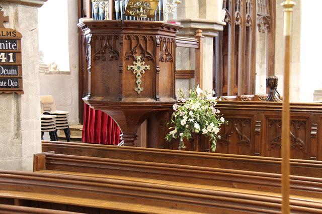 St Andrew, Hatfield Peverel - Pulpit