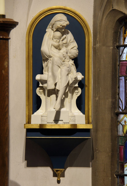 St Andrew, Hatfield Peverel - Statue