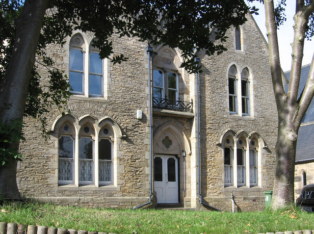 Bishop Auckland - St Wilfrid's RC Presbytery - from east