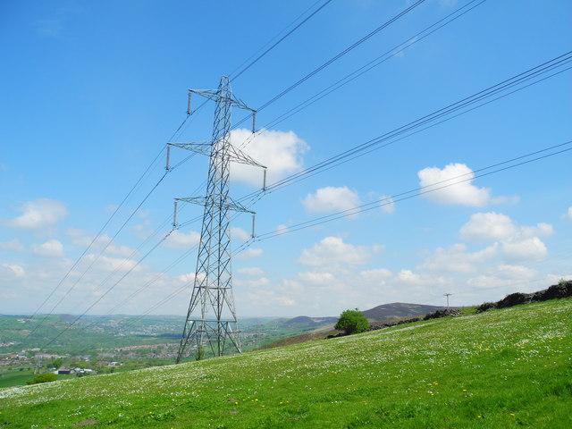 Pylon northeast of Ashtonhill Cross