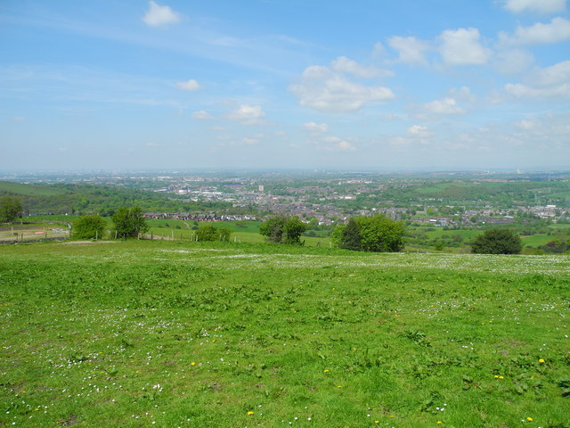 Farmland, Ashtonhill Cross