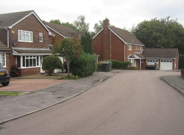 Houses in Moorhams Avenue