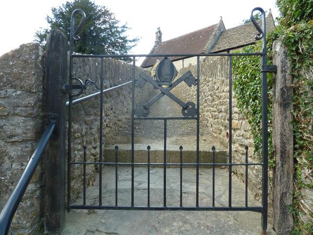 Saint Peter, Goathill: churchyard (c)