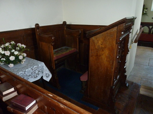 Saint Peter, Goathill: prayer desk