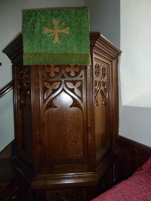 Saint Peter, Goathill: pulpit