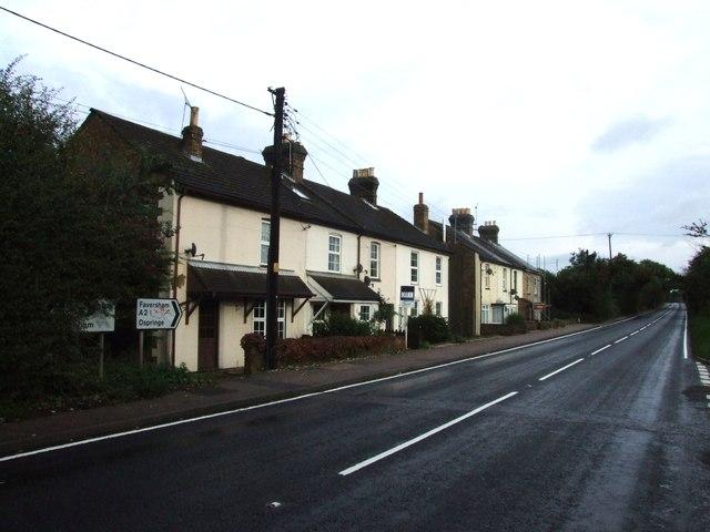 Sandown Cottages, London Road, Teynham