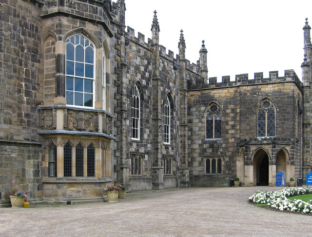 Bishop Auckland - Castle - Long Dining Room and Main Entrance