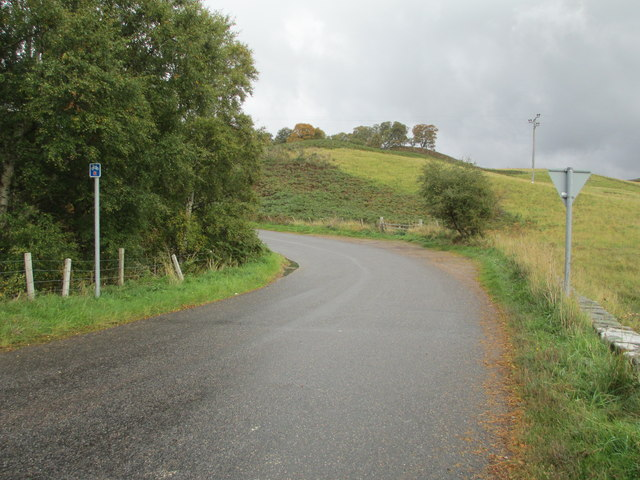 Minor road at Craggie