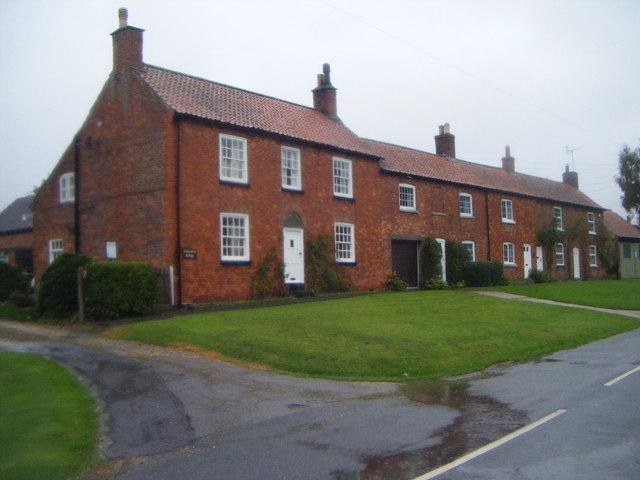 Cottages on High Street, Osbournby