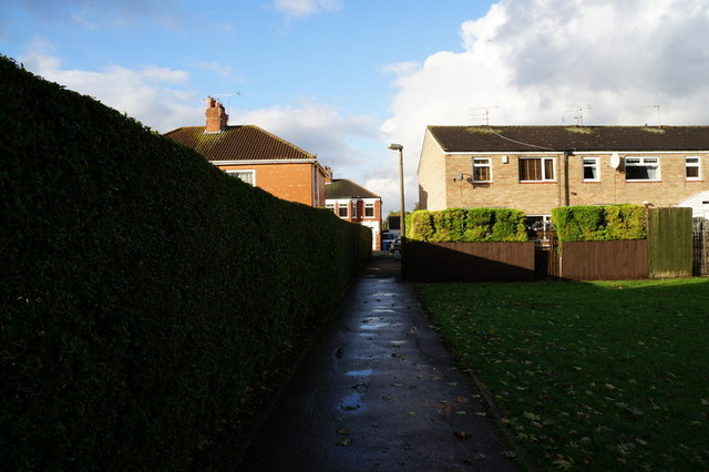 A path leading to Tilworth Road, Hull
