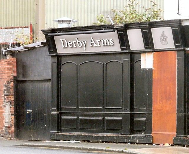 Derby Arms (Bank Street façade)