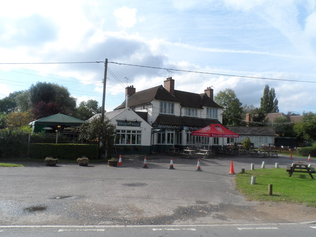 The Frog and Wicket pub, Eversley Cross