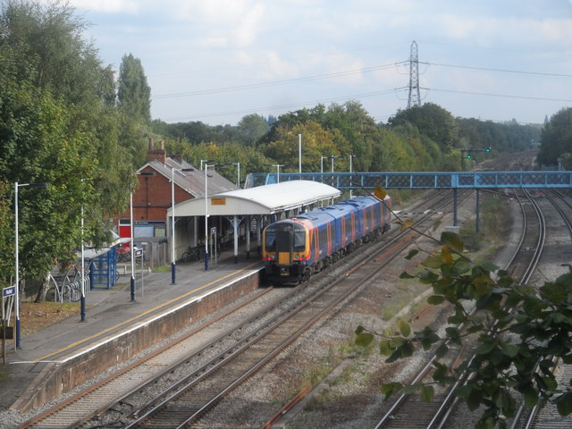 A train stops at Winchfield station
