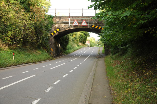 Railway bridge over Ruddle Road, Newnham