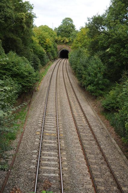 Cardiff to Gloucester railway, Newnham