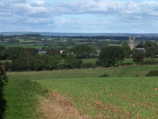 Looking towards Witheridge from near Woodford