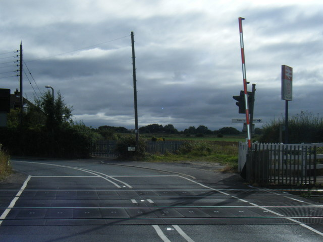 Level crossing at New Lane Station