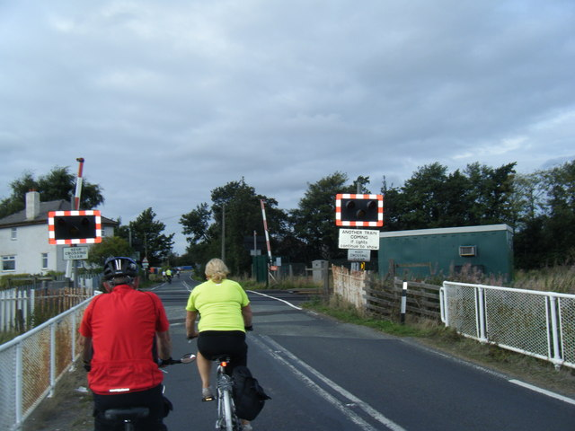 Wyke Cop Road level crossing and cyclists