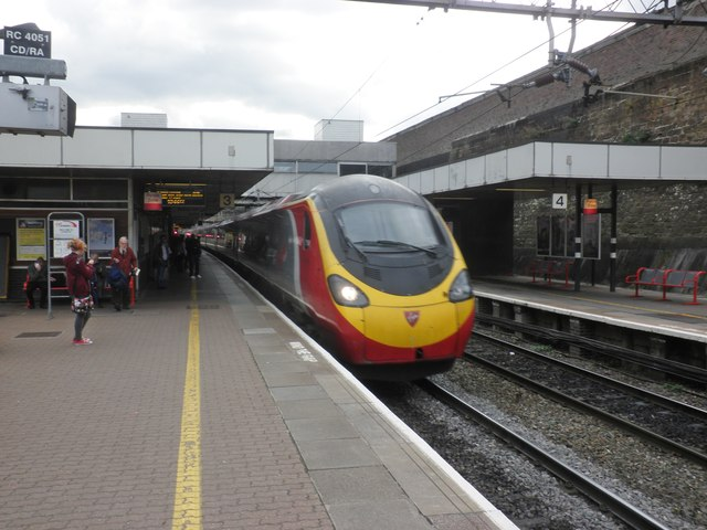 Euston to Glasgow Central train arrives at Coventry