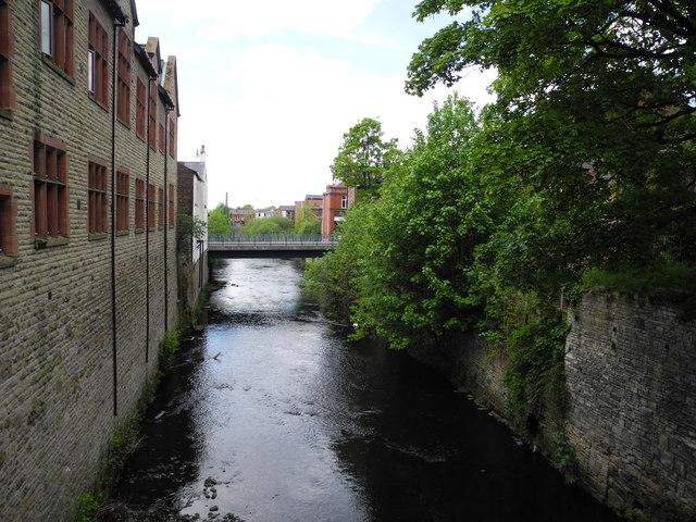 River Tame, Stalybridge