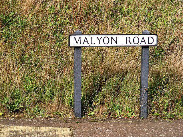 Malyon Road sign