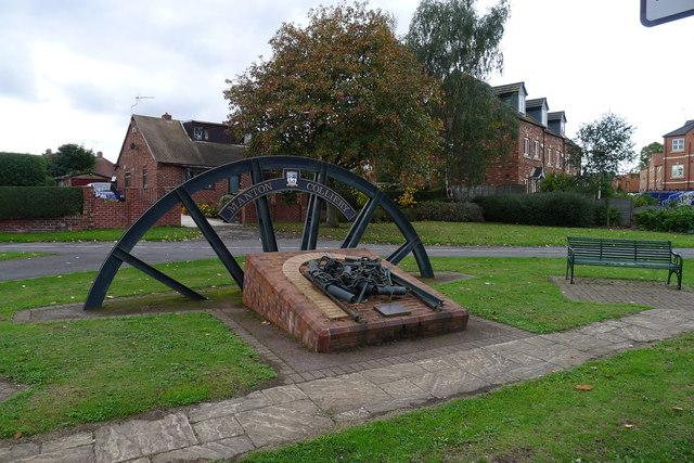 Memorial to Manton Colliery (1898-1994)
