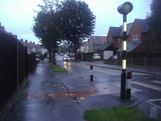 Erskine Road, Benhilton