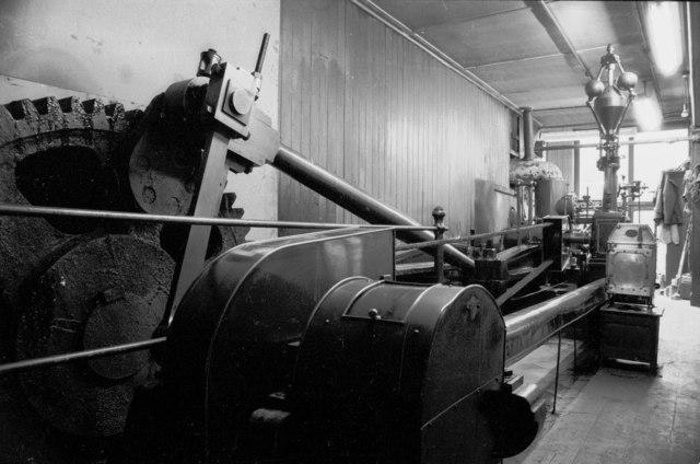 Ledgard Bridge Mills - pusher steam engine