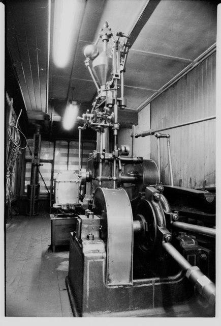 Ledgard Bridge Mills - steam engine