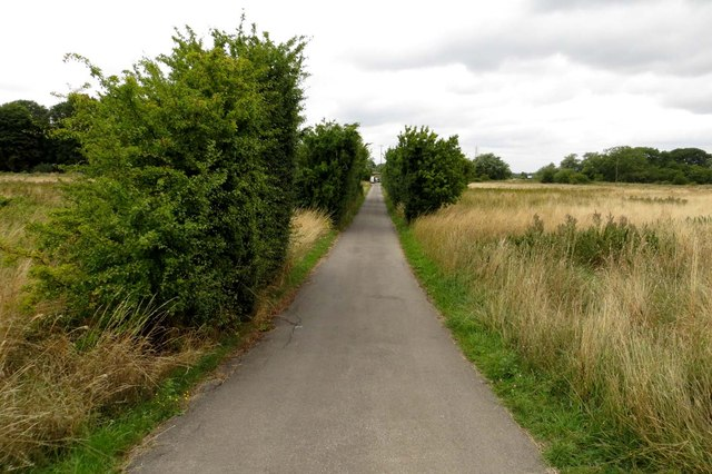 The track to Pinkhill Lock