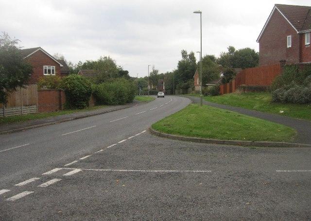 Royal Close / Long Cross Lane