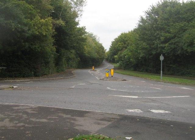 Wallop Drive / Long Cross Lane