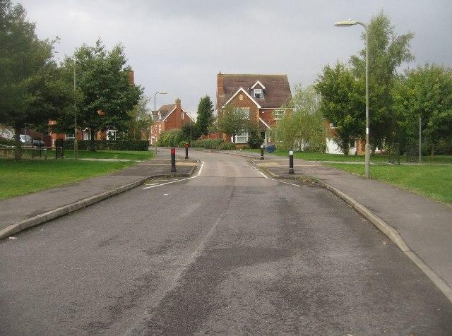 Traffic calming - Redwing Road