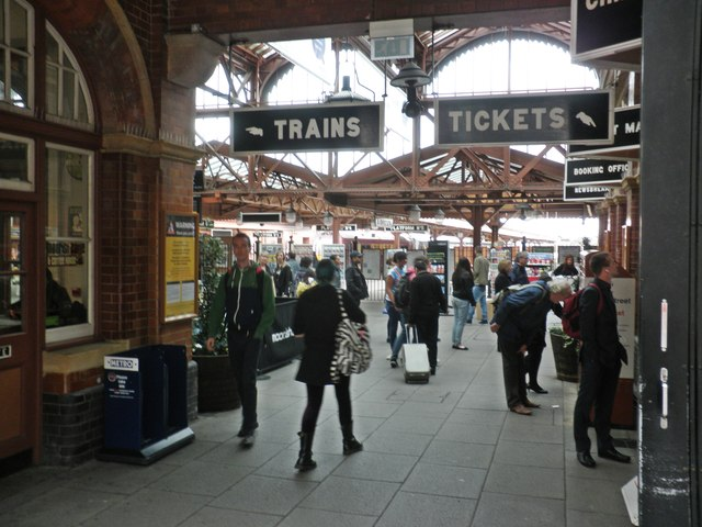 Entrance foyer, Moor Street Railway Station