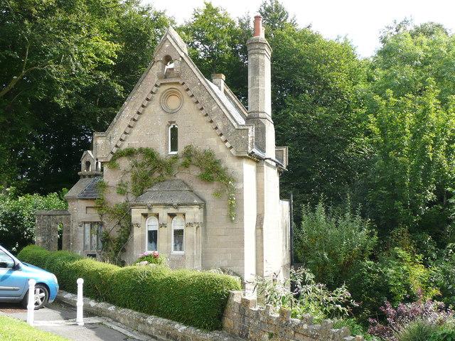 Lodge to Southstoke Hall
