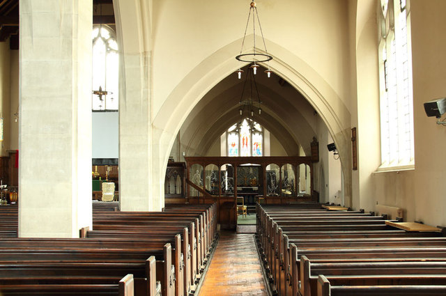 All Saints, Goodmayes - South aisle